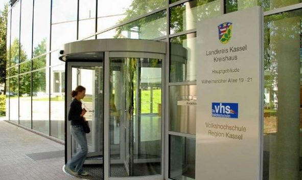 Foto des Kreishauses vom Landkreis Kassel