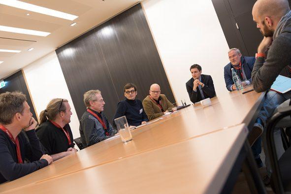 Foto der Round Tables auf Univention Summit 2018
